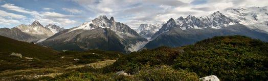 全景阿尔卑斯视图 图库摄影