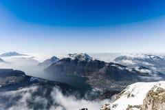 全景鸟瞰图向从高山的Luzern湖 库存照片