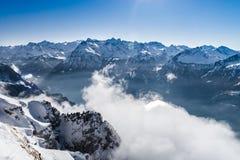 全景鸟瞰图向从高山的Luzern湖 图库摄影