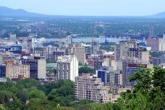 全景鸟瞰图o蒙特利尔城市在魁北克,加拿大 免版税库存图片