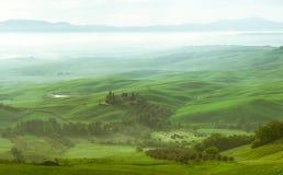 全景 Orcia河谷的看法 免版税库存照片