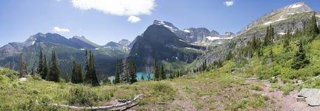 全景Grinnell的湖-冰川国家公园 免版税库存照片