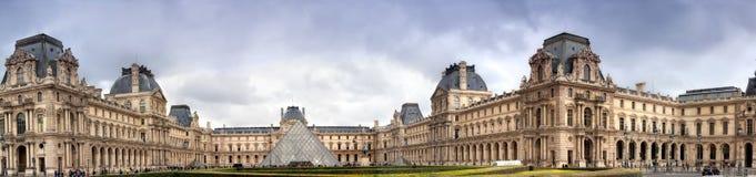 全景Luvra,巴黎, 库存照片