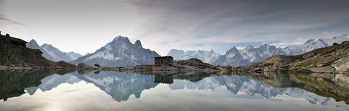 全景Mont Blan-法语阿尔卑斯 免版税库存照片