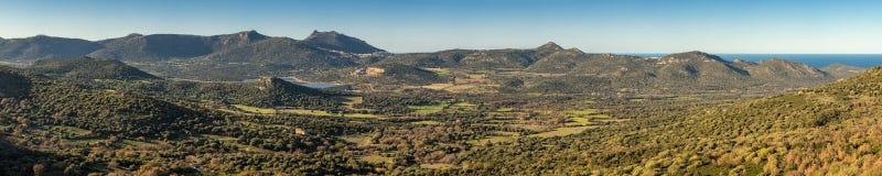 全景Reginu谷在可西嘉岛的Balagne地区 库存图片