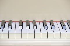 全部关键董事会钢琴 免版税库存照片