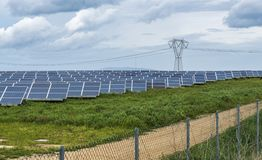 全部在sardegna的太阳电池板 免版税库存图片