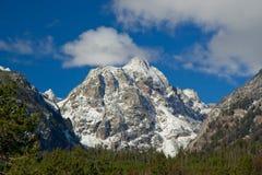 全部山国家公园积雪覆盖的teton 库存图片