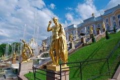 全部级联 Peterhof宫殿 免版税库存照片