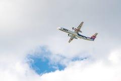 全部飞机投炸弹者破折号8 Q400 SP-EQH 免版税库存照片