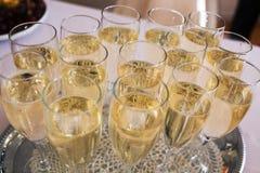 全部玻璃用香槟在期间 库存照片