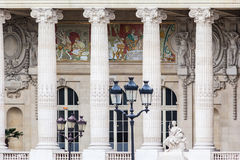 全部Palais巴黎法国 免版税库存照片