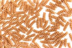 全麦的Fusilli 集成意大利面食 特写镜头照片 免版税库存照片