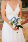 八仙花属婚姻的新娘花束, Astilba,在的Lisianthus 图库摄影