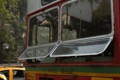 公交车在孟买,印度 库存图片