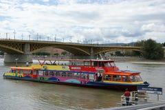 公共交通工具小船 库存图片