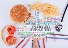 公共卫生在桌上的题字 健康饮食, lifest 免版税库存图片