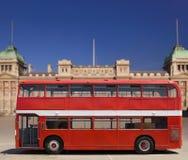 公共汽车分层装置双红色 免版税库存照片