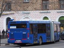 公共汽车在莫斯科 免版税库存图片