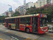公共汽车在Buneos艾雷斯,阿根廷 库存图片