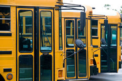 公共汽车学校 免版税图库摄影