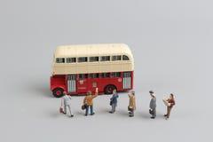 公共汽车形象玩具有白色背景 免版税库存图片
