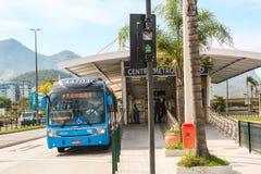 公共汽车明亮的驻地在里约热内卢 免版税库存照片