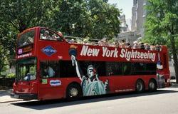 公共汽车灰色线路观光的nyc 免版税库存图片