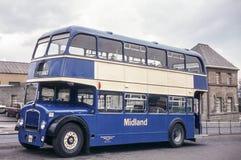 公共汽车的葡萄酒图象在爱丁堡 免版税库存图片