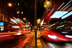 公共汽车站在维多利亚,伦敦 库存图片