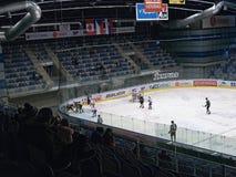 公共频道播送事件!Chomutov, Ustecky kraj,捷克共和国- 2017年1月07日:新的多用途城市竞技场内部在gam期间的 库存照片
