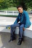 公园冰鞋溜冰者妇女 免版税库存图片