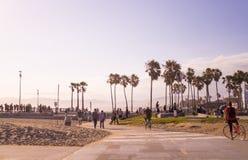 公园和海滩威尼斯海滩 游人和休闲娱乐中心在洛杉矶,加利福尼亚 库存照片