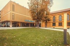 公园和Lenbachhaus现代大厦,有绘画的美术馆Kandinsky和保罗・克利 免版税库存照片