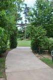 公园曲拱边路 库存图片