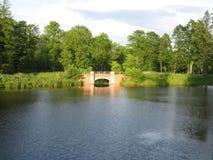 公园池塘 免版税库存图片