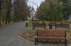 从公园的看法在东正教里 莫斯科 免版税库存照片