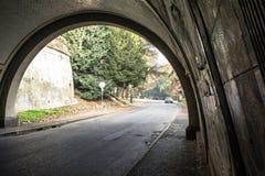 公园通过隧道,都灵,意大利 库存图片