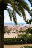 从公园Guell,巴塞罗那的巴塞罗那视图 库存图片