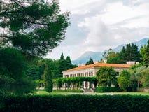公园Milocer,别墅,海滩女王/王后 在Sveti附近斯蒂芬海岛在黑山 库存照片