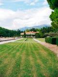 公园Milocer,别墅,海滩女王/王后 在Sveti附近斯蒂芬海岛在黑山 免版税库存照片