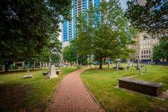 公墓在夏洛特,北部Carolin历史的第四个病区里  库存照片