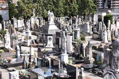 公墓在米兰,意大利 免版税库存图片