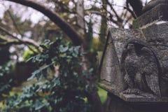 公墓纪念碑和坟茔在跟特,比利时 库存图片