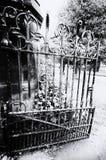 公墓门 库存图片