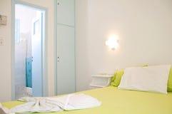 公寓希腊海岛让空间 图库摄影