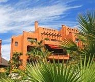 公寓庭院豪华西班牙都市化 库存图片