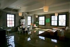 公寓房顶楼 免版税图库摄影