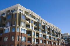 公寓楼大厦舱内甲板 免版税图库摄影
