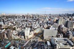 公寓结构大厦大厦具体玻璃高日本现代住宅上升钢东京塔耸立 免版税图库摄影